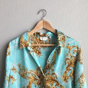 Chico's Tops - Chico's button down long sleeve shirt size small